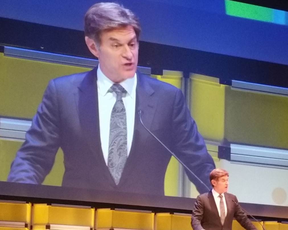 "Dr. Mehmet Oz of ""The Doctor Oz Show"" hosted the Voice Awards."