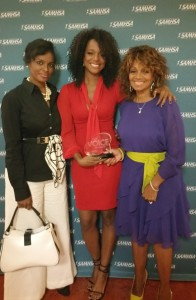 Rebbie Jackson with daughters Yashi Brown (center) and Stacy Brown-Salas (left).